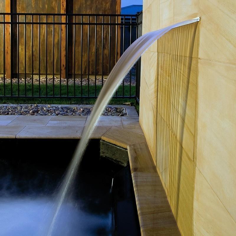 Cascada empotrada Silkflow  Astralpool, Cascada Silkflow: 45207 - 900 mm.